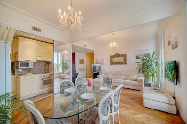 Big family apartment with sea view in Nice by easyBNB