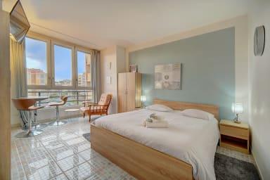 Chaleureux et bel appartement  avec vue sur mer par easyBNB