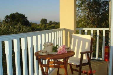 Asfodelos 2BR Cottage in Aroggia Organic farm by JJ Hospitality