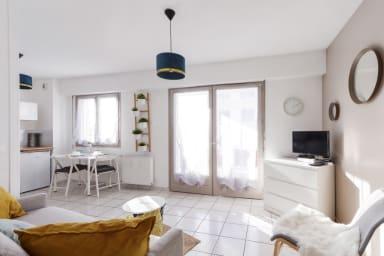 T2 calme avec terrasse en étage élevé et parking, Annecy centre - Welkeys