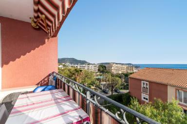 Bel appartement avec vue mer au coeur de Nice