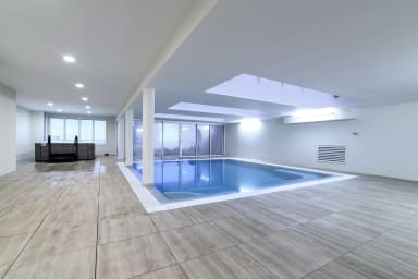 Studio avec piscine et jacuzzi couverts dans la résidence à Beausoleil