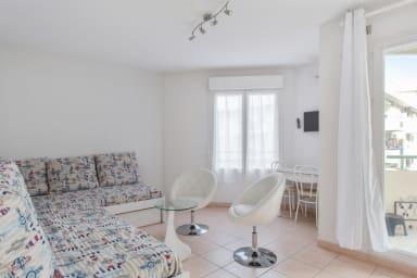 Studio moderne avec terrasse à Nice centre, à 3 min de la plage - Welkeys