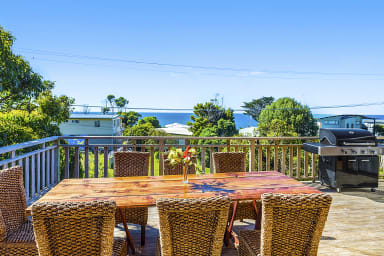 SURF LODGE |WIFI |Large deck with stunning ocean views