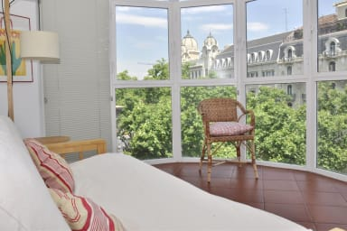 Rambla C- ideal for business travelers, free wifi and inspiring views!