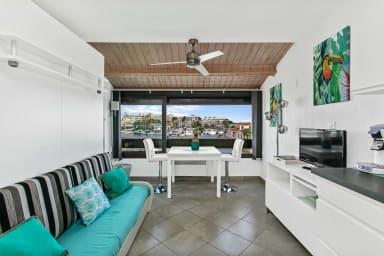 Paradise Studio with Marina View