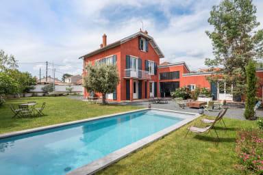 Les Eucalyptus - Maison de famille revisitée avec piscine et jardin