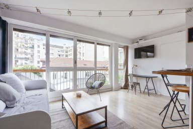 1-bedroom with design décor near Annecy train station – Welkeys