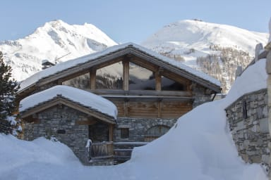 Chalet Pierre, chic, cool and homely chalet