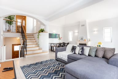 Newly refurbished townhouse with view on the golf