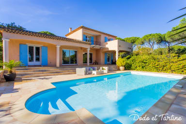 Admirable 4 bedroom house with pool and AC - Dodo et Tartine