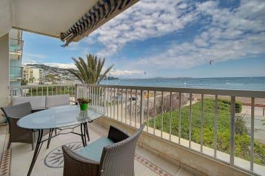 IMMOGROOM - Superb sea view - A/C- Terrace - Seaside - CONGRESS/BEACHES