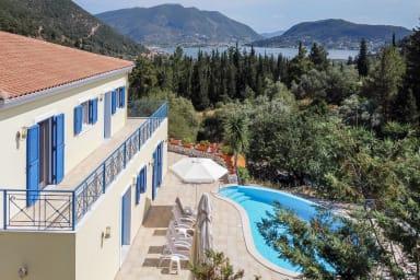 Villa Artemis - Luxury Villa with Stunning View, Lift and Wheelchair Access