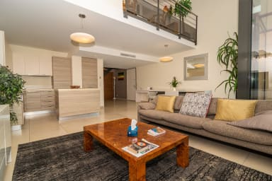 Luxueux 4 pièces résidence standing emplacement Cannes calme près r Antibes