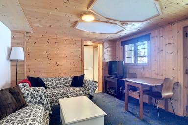 2 chambres à coucher, proche des remontées mécaniques, WIFI