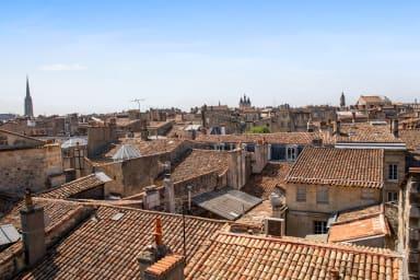 MOYENNE DURÉE - Charmant T2 avec vue sur les toits de Bordeaux - Welkeys