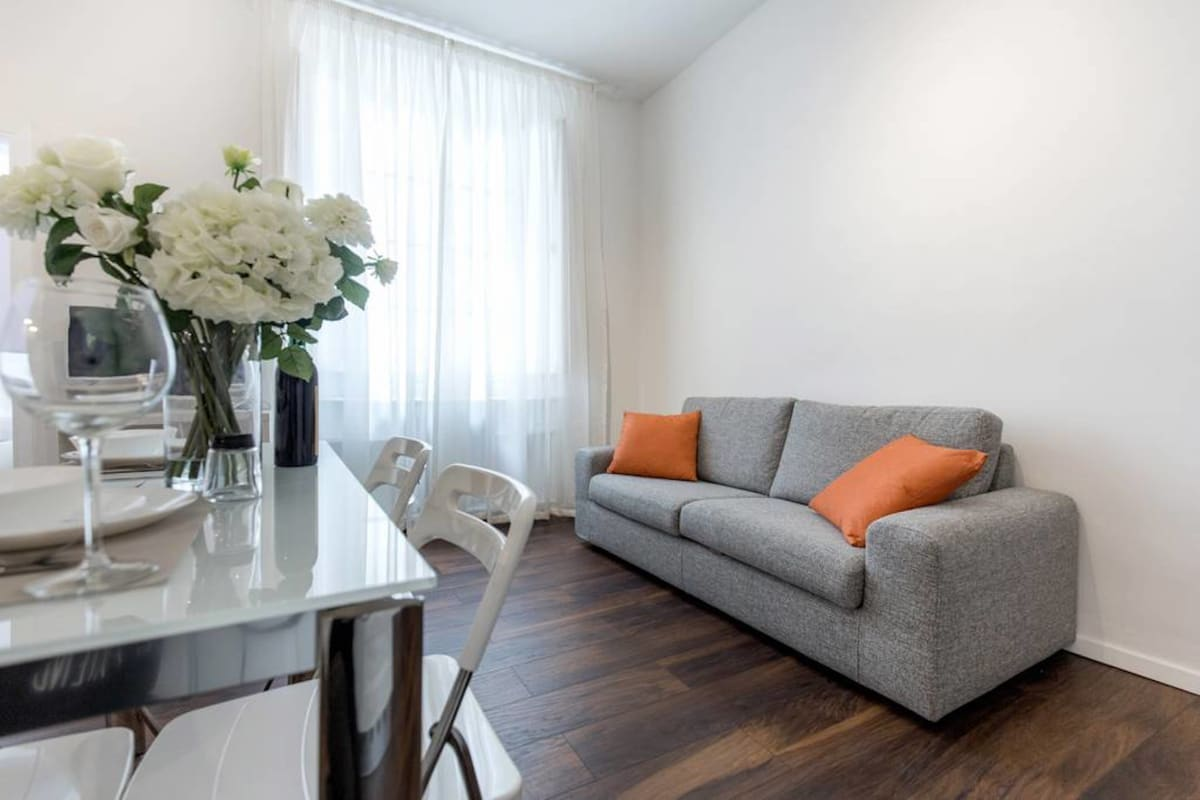 Apartment Cozy   Bright Top Floor Flat by Santo Spirito photo 20442886