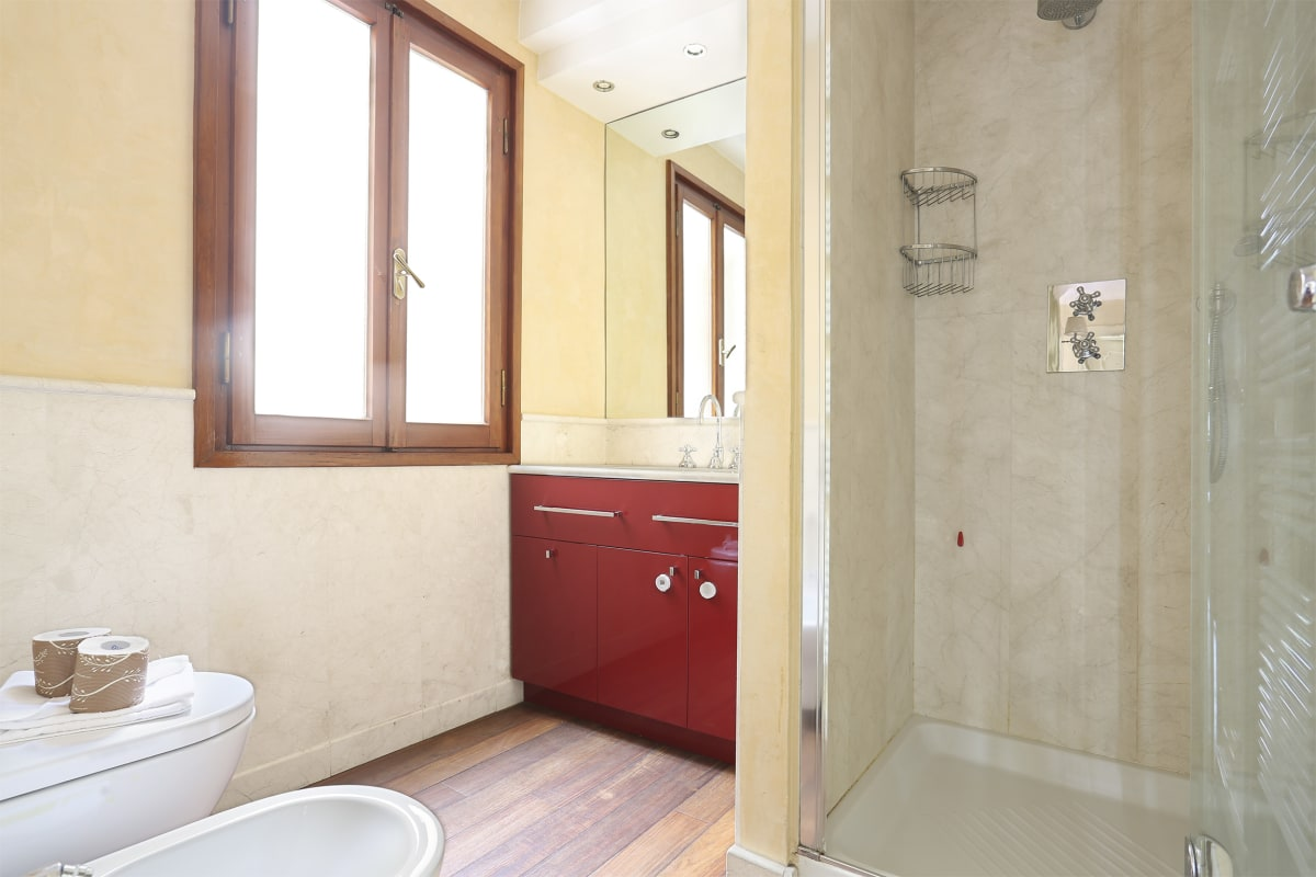 Apartment PONTEVECCHIO 2 BEDROOMS SUITE photo 18253749