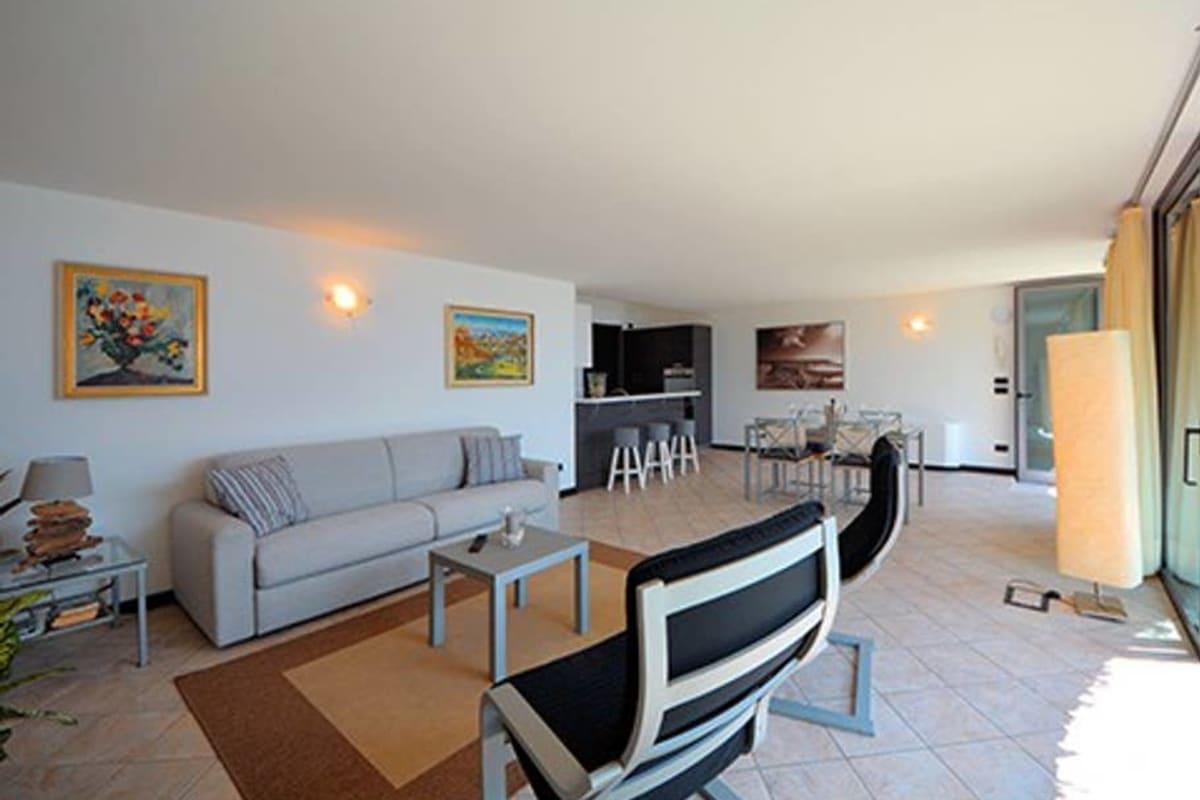 Apartment Holiway Home Larianella photo 20293828