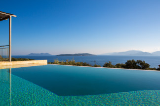 Swimming pool as a great place to refresh and enjoy the attractive scenery