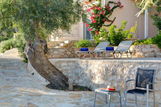Naturally shaded spots for extra relaxing moments