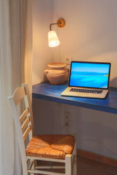 Small office space in bedroom 3 tailored to fit your needs