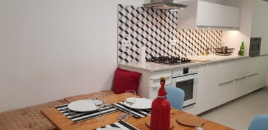Penthouse, with loft next to the Parc de Ciutadella and wifi without lift