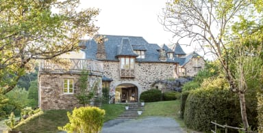 Le petit Château, amazing castle with 7 bedrooms in the countryside