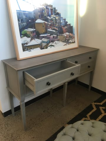 Enzo console table distressed grey 04