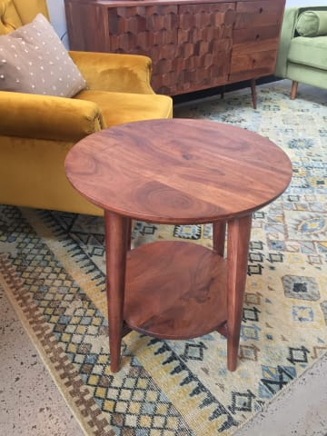 Frank side table 02