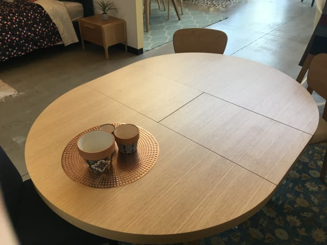 Romulus extendable dining table 04