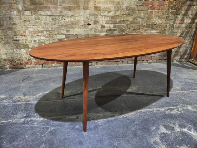 Frank oval dining table 200cm
