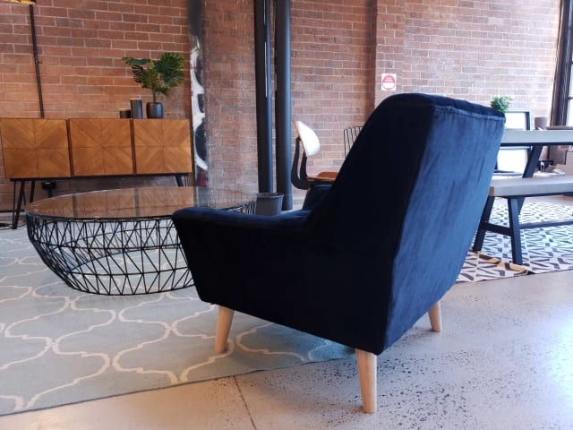 Pia armchair ebony black 04