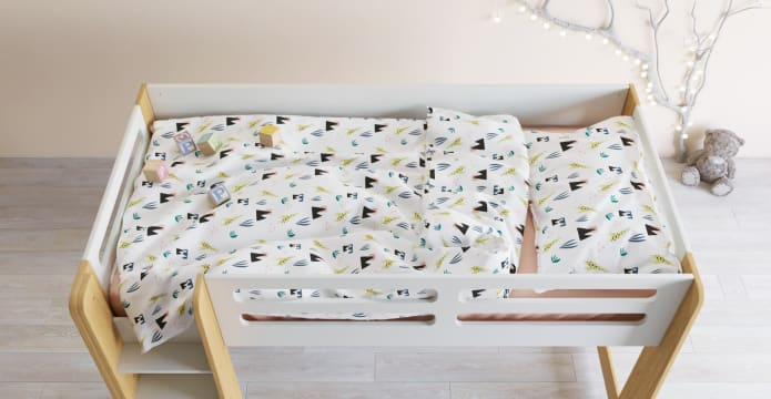 The Very Tall Giraffe Kids Duvet Cover Set