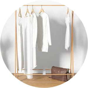 Peggy clothing rack