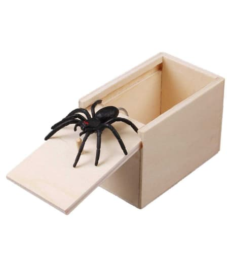 5pcs Wooden Prank Trick Practical Joke Home Office Scare Toy Box Gag Spider Mouse Kids Funny Play Joke Gift Toy