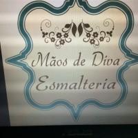 Mãos de Diva Esmalteria  ESMALTERIA