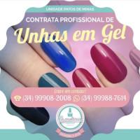 Vaga Emprego Manicure e pedicure Centro PATOS DE MINAS Minas Gerais ESMALTERIA Esmalteria Nacional Patos de Minas
