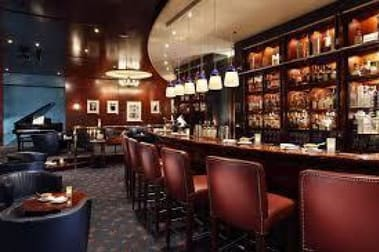Bars & Nightclubs  business for sale in Montmorency - Image 1