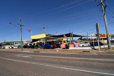 25 Ingham Road West End QLD 4810 - Image 3