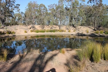 85 Macquarie Drive Leyburn QLD 4365 - Image 1