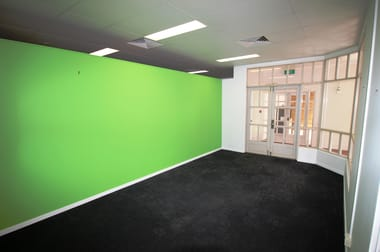 F10/9 Abbott Street Cairns City QLD 4870 - Image 3