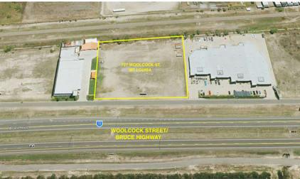 727 Woolcock Street Mount Louisa QLD 4814 - Image 1