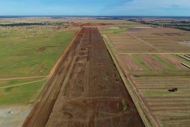 Capricorn Highway Emerald QLD 4720 - Image 3