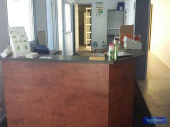 15 Dooley Street Park Avenue QLD 4701 - Image 3