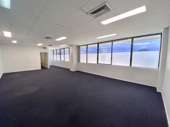 Suite 4/126 Scarborough Street Southport QLD 4215 - Image 1