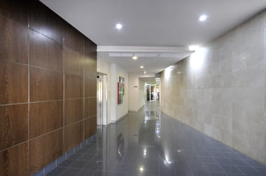 195 Hume Street - Suite 7 Toowoomba City QLD 4350 - Image 3