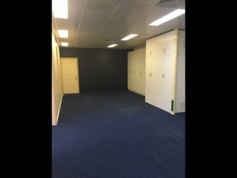 FF Suite 3/109 Herries Street East Toowoomba QLD 4350 - Image 2