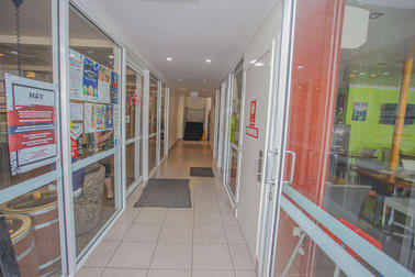 3 & 4/25 Bell Street Chinchilla QLD 4413 - Image 2