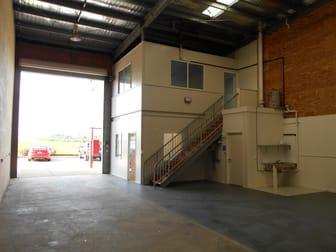 8/13-17 Carl Street Rural View QLD 4740 - Image 2